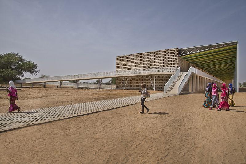 arquitectura_IDOM_universidad Senegal_escalera