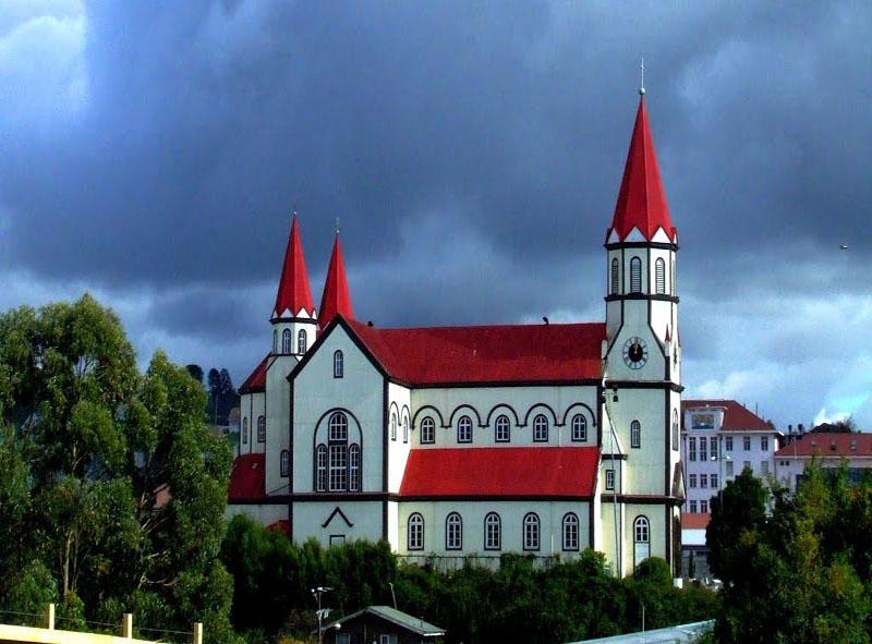 Arquitectura_Iglesia de Puerto Varas_imagen exterior