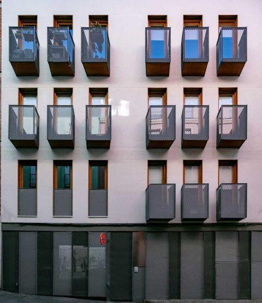 arquitectura impacto cero b720 fermin vazquez arquitectos edificio buenavista fotografia fachada principal frontal