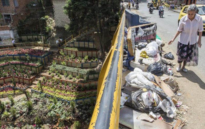 Arquitectura_Jardines en donde habian basureros Medellín