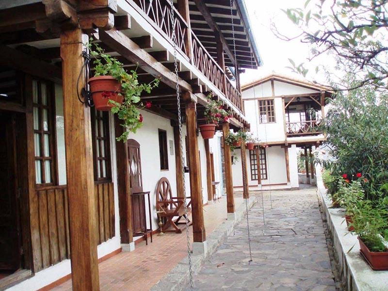 Arquitectura _ la quinta_  ecuador_corredor porche