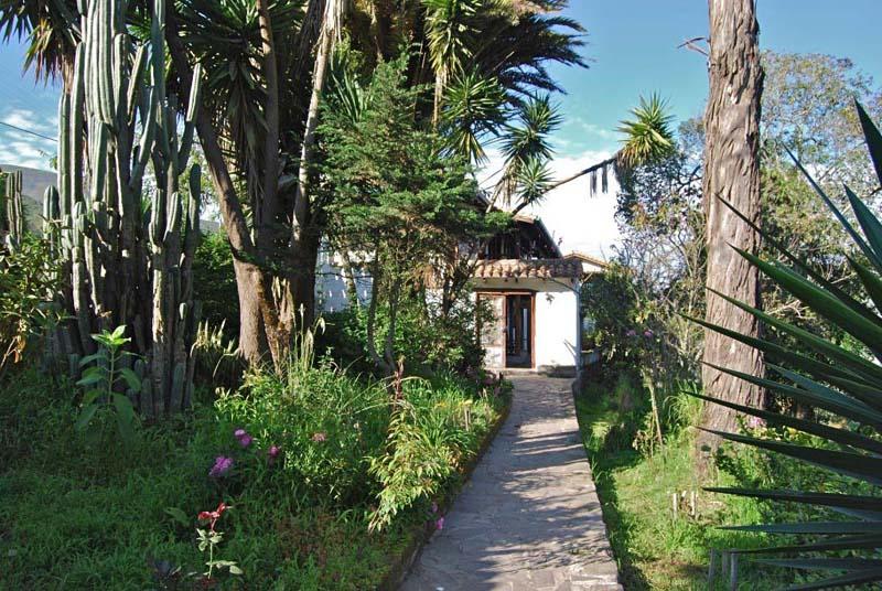 Arquitectura_ la quinta _rehabilitacion_ vista desde el jardin