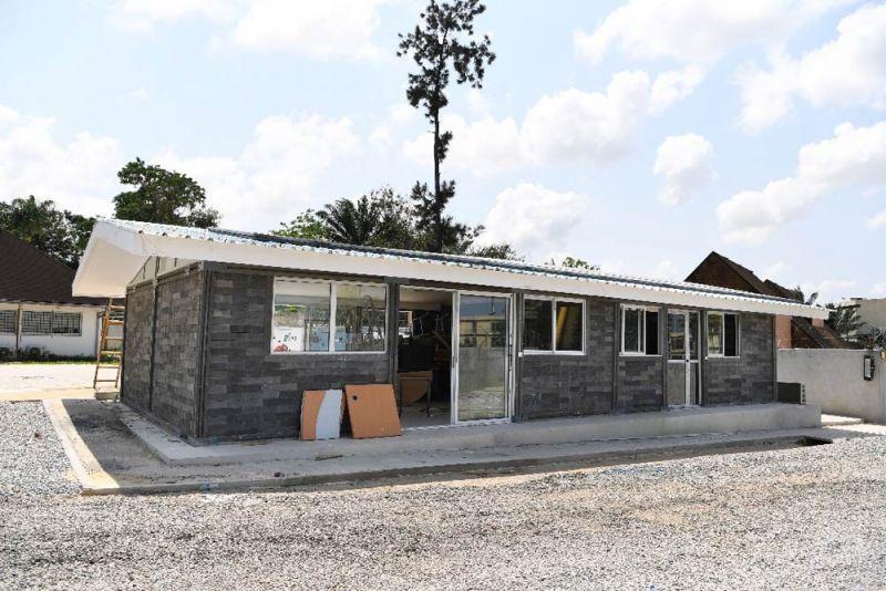 ARQUITECTURA Oscar Andrés Méndez Conceptos Plásticos casa ladrillos reciclados