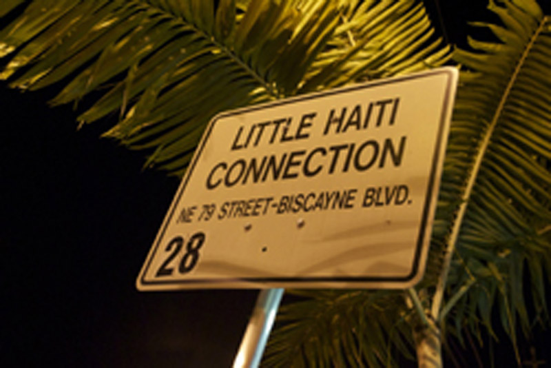 Letrero indicativo acceso Little haiti