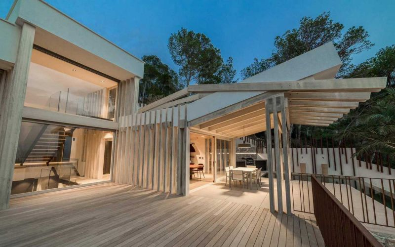 arquitectura accoya madera estructural fachada proyecto casa prunera alejandro palomino porche