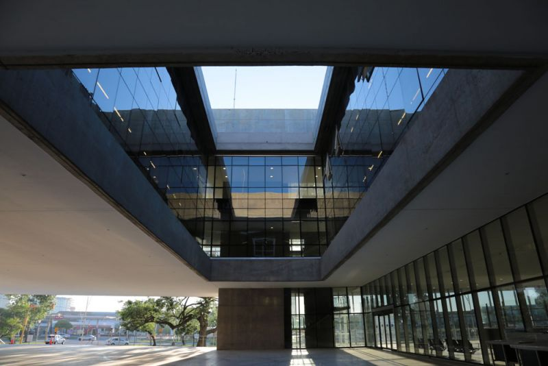 arquitectura mario corea arquitectura sanitaria fotografia Hospital CEMAFE Giselle Marino