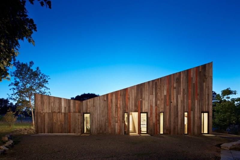 arquitectura_Meier-Road-Barn-by-Mork-Ulnes-Architects_fachada