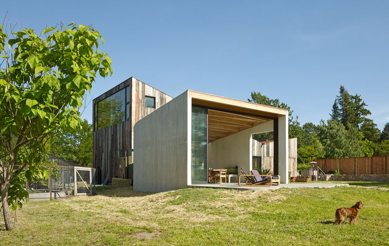 arquitectura_Meier-Road-Barn-by-Mork-Ulnes-Architects_terraza