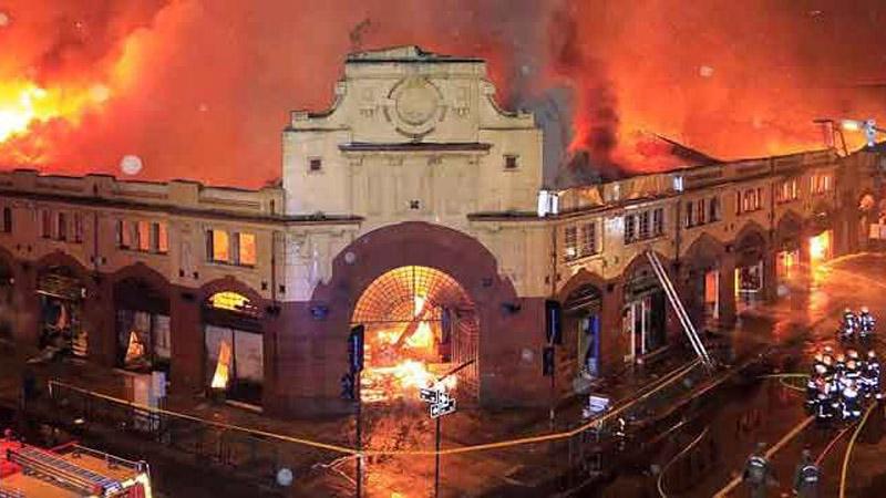 Arquitectura_mercado-municipal-temuco-rehabilitacion _imagen del incendio