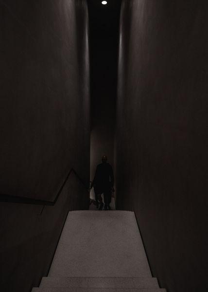 Interior de Museo Kolumba, (escalera, planta 1), Peter Zumthor. Fotografía de José Fernando Vázquez