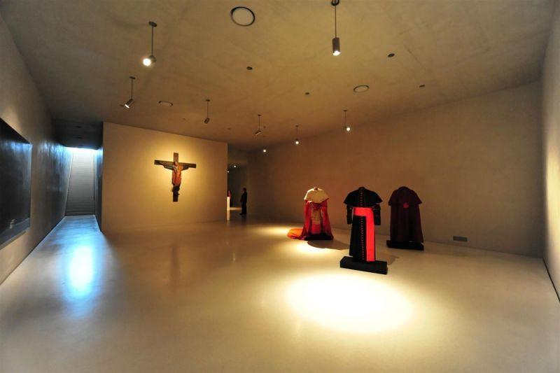 Interior de Museo Kolumba (planta 1), Peter Zumthor. Fotografía de José Fernando Vázquez