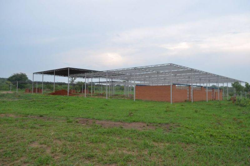 arquitectura_mwabwindo school_construcción local 2