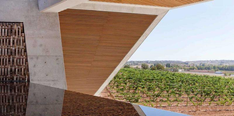 arquitectura bodegas portia grupo faustino Foster and Partners imagen exterior mirador