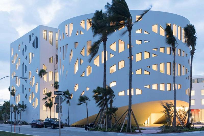 Faena Forum de OMA en Miami fotografía de Iwan Baan