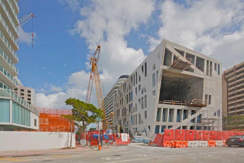 Faena Forum de OMA en Miami fotografía de Phillippe Ruault