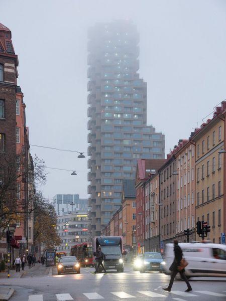 arquitectura Norra Tornen OMA Reiner de Graaf Torre Innovationen fotografía exterior Ossip van Duivenbode nube