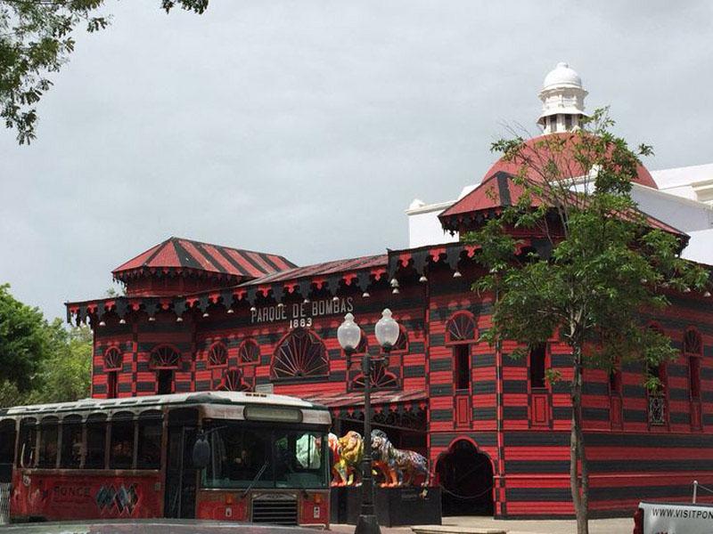 Arquitectura_Parque de Bombas de Ponce_ fachada entrada
