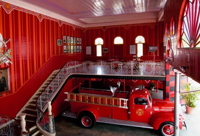 Arquitectura_Parque de Bombas de Ponce_ vista escalera
