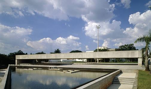 arquitectura_Paulo Mendes_Museo de escultura_exterior