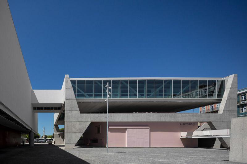 arquitectura_Paulo Mendes_ Museo de los coches