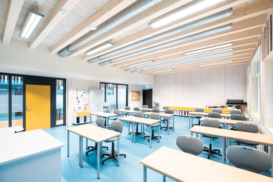 arquitectura_PIR II_new evjen school-architonic_int aulas