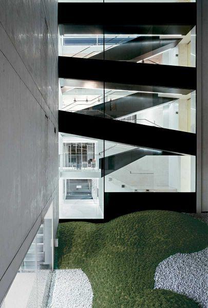 Centro comercial coop.fi en Arezzo Piuarch arquitecturayempresa fotografia escalera