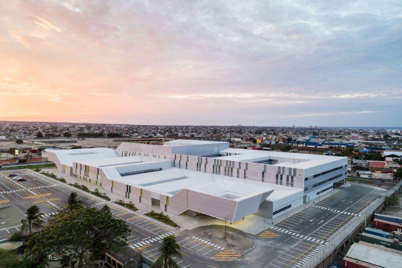 arquitectura PMMT hospital manta foto aerea