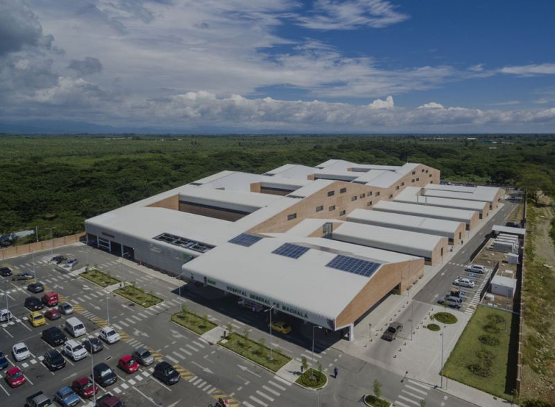 arquitectura PMMT hospital machala foto aerea