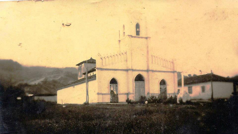 Arquitectura_Potosi_pueblo sumergido_imagen antigua de la iglesia