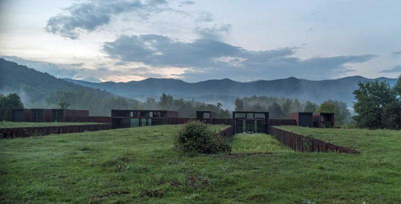 arquitectura casa horizonte rcr arquitectes netflix fotografia exterior patio