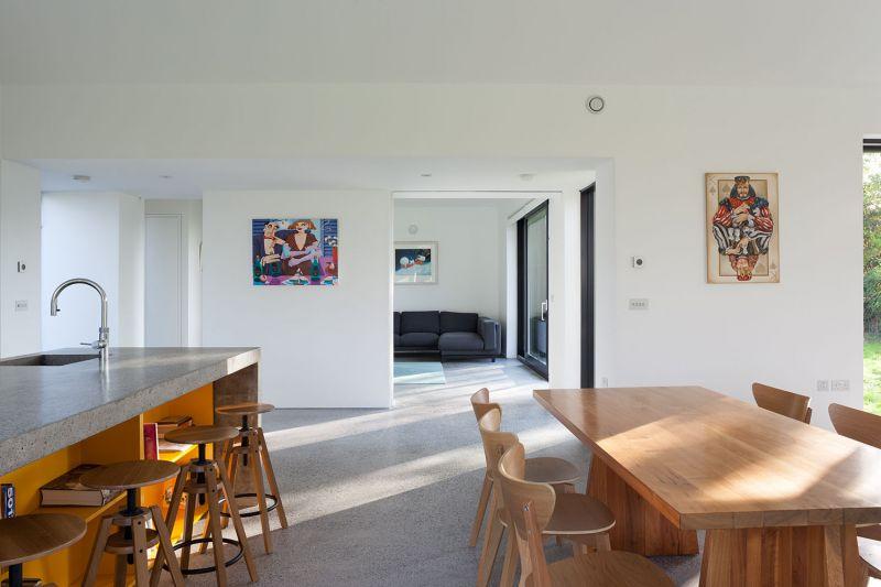 arquitectura_Red Studio Architects_comedor cocina salón