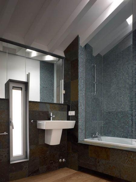 Arquitectura_ Rehabilitación Casa en Porto de Bares_imagen baño
