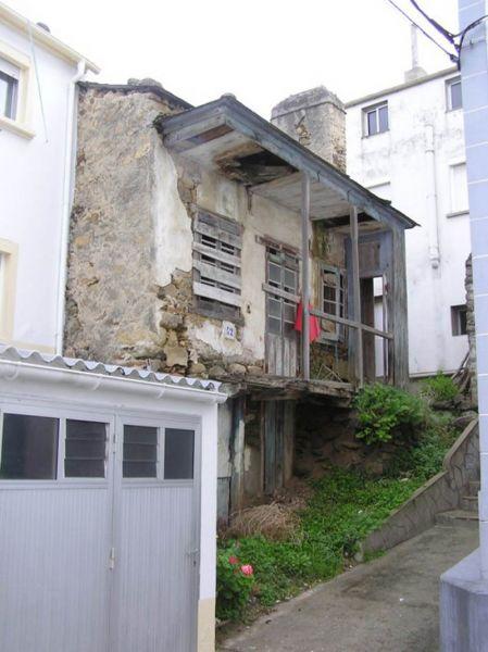 Arquitectura_ Rehabilitación Casa en Porto de Bares_ imagen anterior desde abajo
