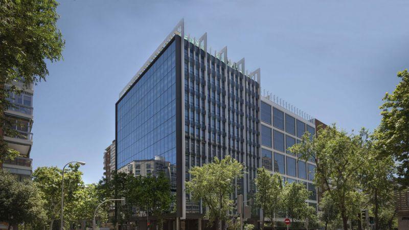 arquitectura estudio L35  rehabilitacion edificio gorbea 1 madrid vista exterior general
