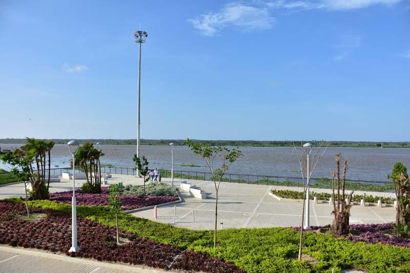 Arquitectura rehabilitación Malecon Barranquilla_ zona del paseo malecon miradas al rio