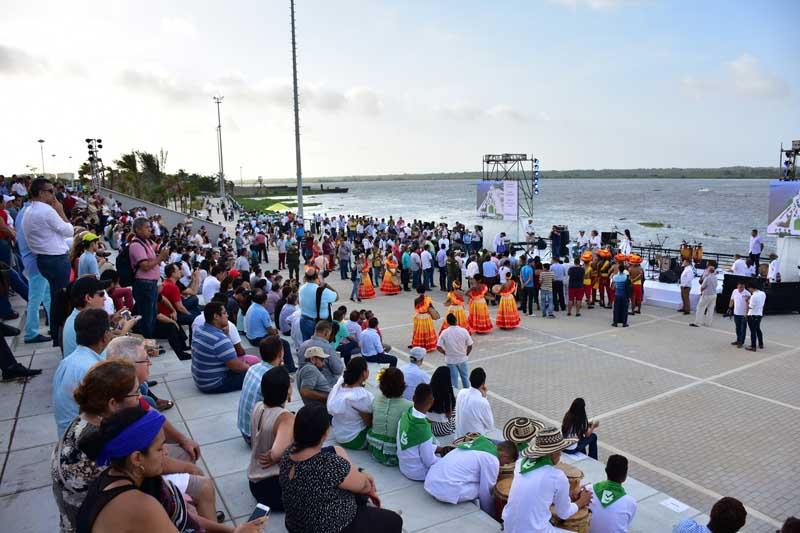 Arquitectuona rehabilitación Malecon Barranquilla_ zona de gradas