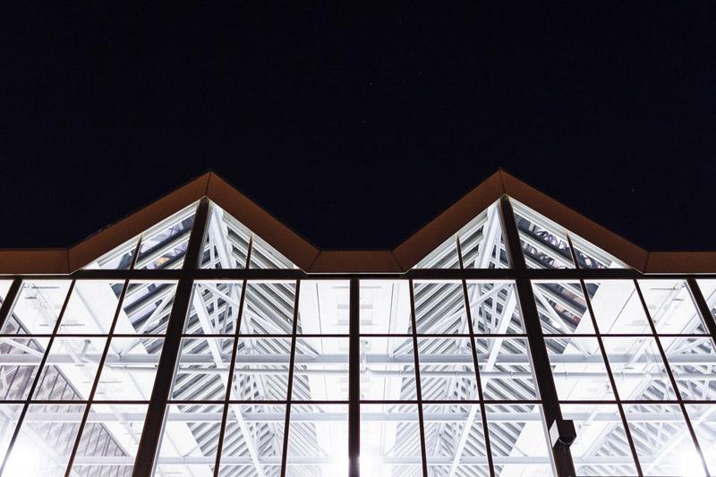 Arquitectura_ rehabilitacion_StudioRoosegaarde_cristalera desde el exterior