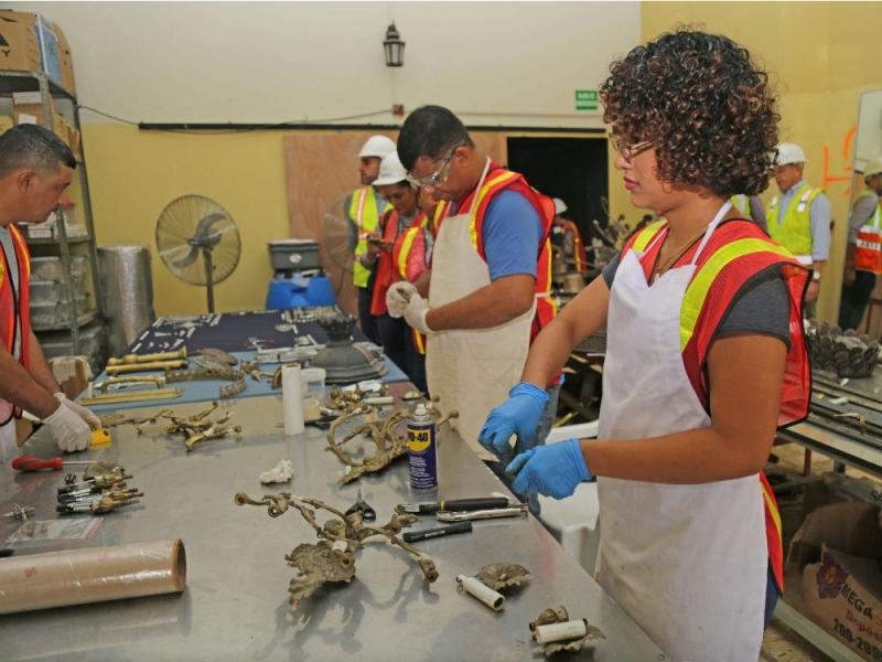arquitectura_ Rehabilitación teatro nacional_Panama_equipo de resturación artistica