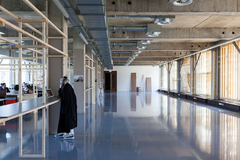 Arquitectura_ remodelación_edificio 27E _vista vestíbulo y conexiones