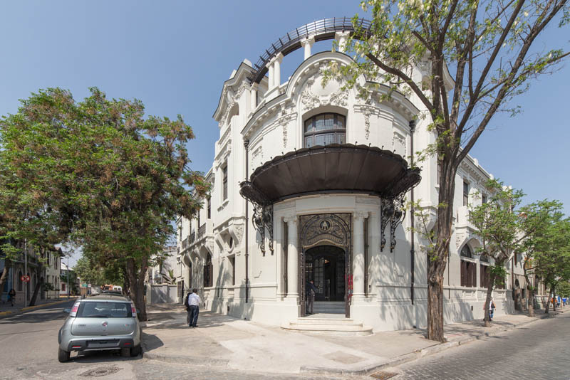 Arquitectura_Restatauración _Palacio Alamos_ Chile_Vista de fachada esquina