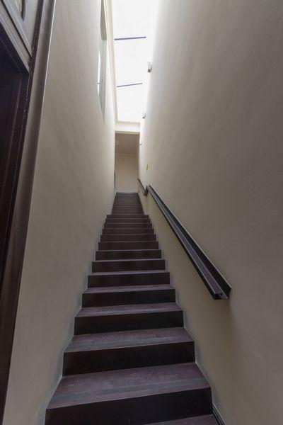 Arquitectura_Restatauración _Palacio Alamos_ Chile_imagen escalera evacuacion