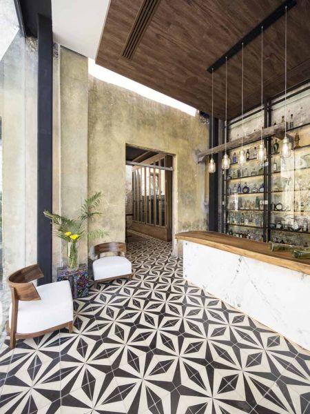 ARQUITECTURA_RESTAURANTE_IXI'IM REHABILITACION-barra del bar