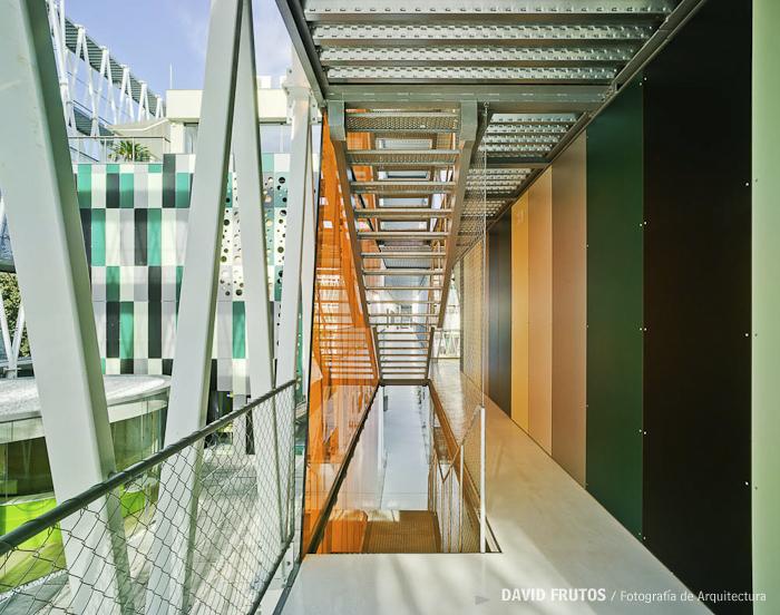 arquitectura_Retes Arquitectos_imagen interior pasarelas