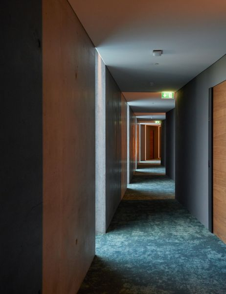 arquitectura_Retreat Hotel_Basalt Acrchitects_materialidad