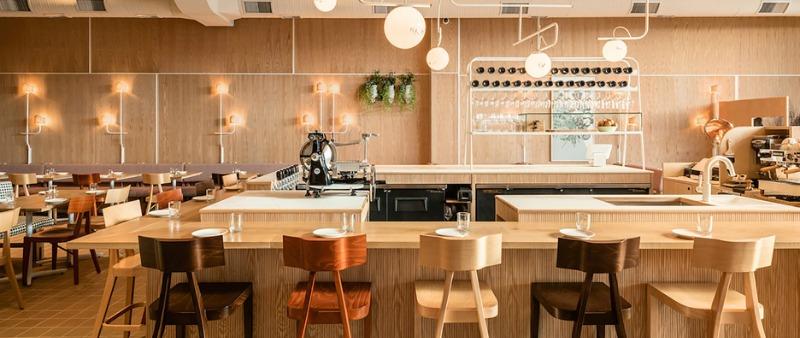 Reinterpretando el estilo italiano savio volpe for Disenos de interiores restaurantes