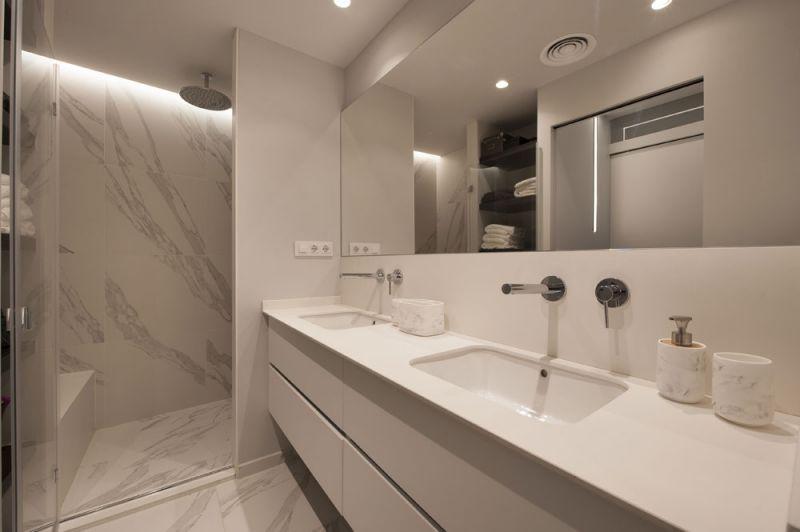 arquitectura sincro proyecto almeda baño lavadero