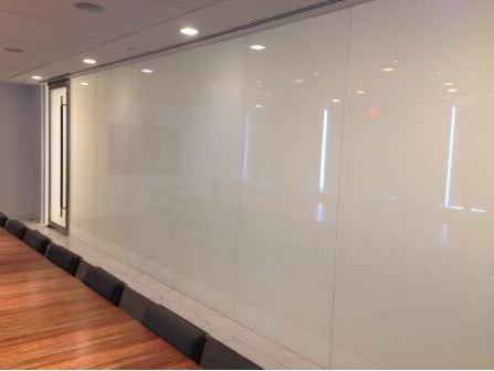 arquitectura_smartglass_sala reuniones opaca