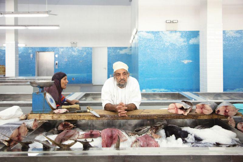arquitectura_snohetta_mutrah fish market _puestos