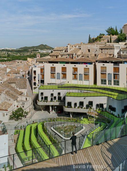 arquitectura sostenible_el jardín que produce agua-conjunto 6