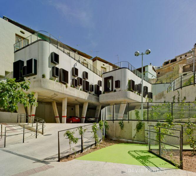 arquitectura sostenible_el jardín que produce agua-edificación